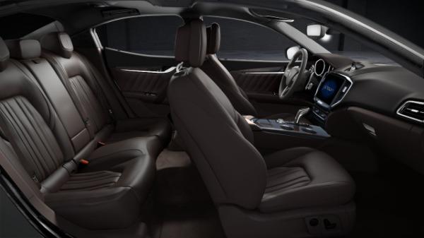 New 2020 Maserati Ghibli S Q4 GranLusso for sale $89,940 at Alfa Romeo of Greenwich in Greenwich CT 06830 5
