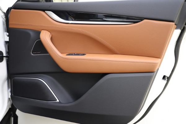 New 2020 Maserati Levante Q4 GranSport for sale Sold at Alfa Romeo of Greenwich in Greenwich CT 06830 25