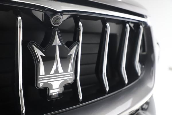New 2020 Maserati Levante S Q4 GranLusso for sale $100,485 at Alfa Romeo of Greenwich in Greenwich CT 06830 13