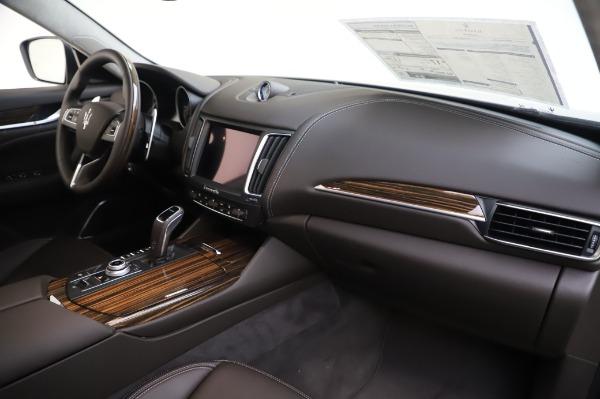 New 2020 Maserati Levante S Q4 GranLusso for sale $100,485 at Alfa Romeo of Greenwich in Greenwich CT 06830 27