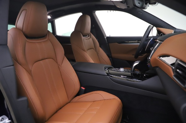 New 2020 Maserati Levante Q4 GranSport for sale Sold at Alfa Romeo of Greenwich in Greenwich CT 06830 22