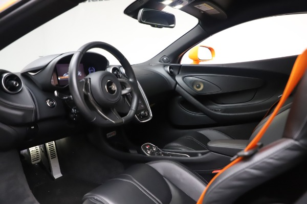 Used 2017 McLaren 570S for sale Call for price at Alfa Romeo of Greenwich in Greenwich CT 06830 16