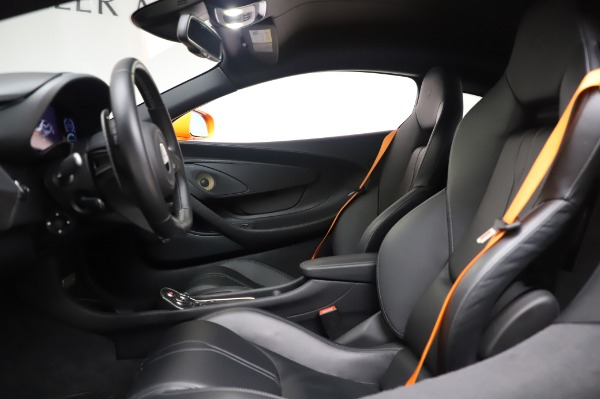 Used 2017 McLaren 570S Coupe for sale $149,900 at Alfa Romeo of Greenwich in Greenwich CT 06830 17
