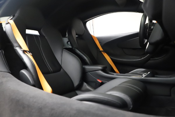 Used 2017 McLaren 570S for sale Call for price at Alfa Romeo of Greenwich in Greenwich CT 06830 22