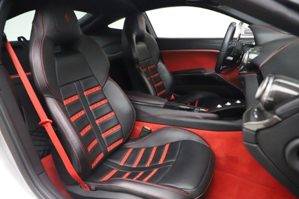 Used 2015 Ferrari F12 Berlinetta for sale $235,900 at Alfa Romeo of Greenwich in Greenwich CT 06830 19