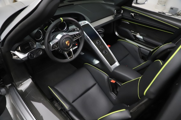Used 2015 Porsche 918 Spyder for sale $1,389,900 at Alfa Romeo of Greenwich in Greenwich CT 06830 22