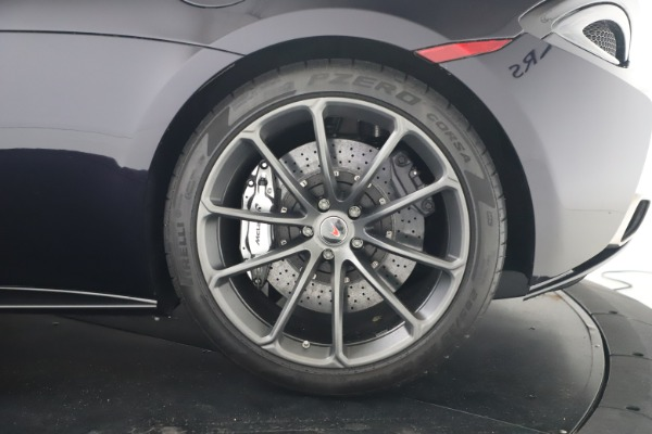 Used 2019 McLaren 570S Spider for sale Call for price at Alfa Romeo of Greenwich in Greenwich CT 06830 25