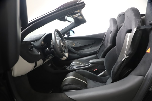 Used 2019 McLaren 570S Spider for sale Call for price at Alfa Romeo of Greenwich in Greenwich CT 06830 27