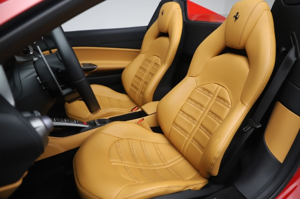 Used 2018 Ferrari 488 Spider Base for sale $289,900 at Alfa Romeo of Greenwich in Greenwich CT 06830 19