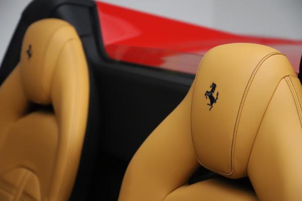 Used 2018 Ferrari 488 Spider Base for sale $289,900 at Alfa Romeo of Greenwich in Greenwich CT 06830 20