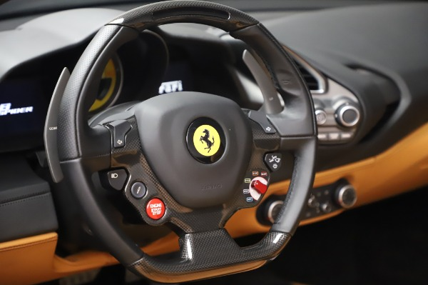 Used 2018 Ferrari 488 Spider Base for sale $289,900 at Alfa Romeo of Greenwich in Greenwich CT 06830 27