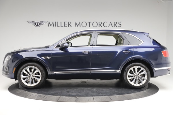 Used 2017 Bentley Bentayga W12 for sale $133,900 at Alfa Romeo of Greenwich in Greenwich CT 06830 3