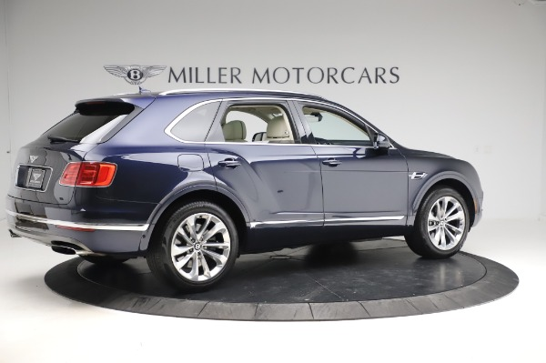 Used 2017 Bentley Bentayga W12 for sale $133,900 at Alfa Romeo of Greenwich in Greenwich CT 06830 8