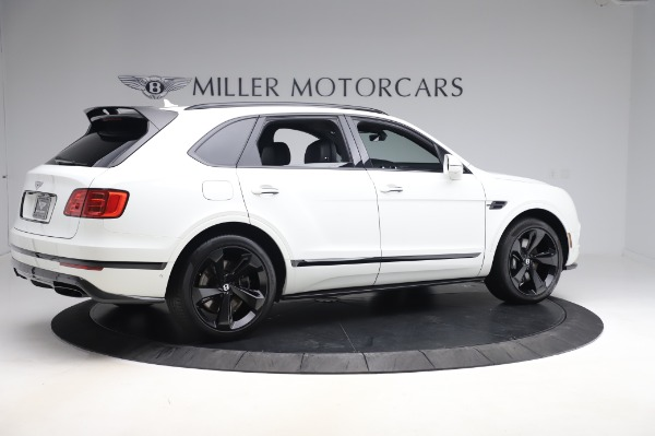 Used 2018 Bentley Bentayga Black Edition for sale $149,900 at Alfa Romeo of Greenwich in Greenwich CT 06830 8