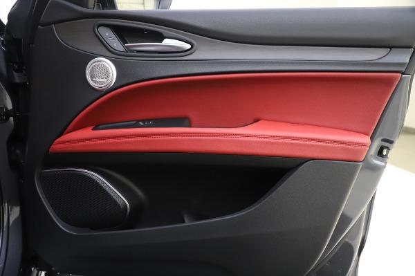 New 2020 Alfa Romeo Stelvio Ti Q4 for sale Sold at Alfa Romeo of Greenwich in Greenwich CT 06830 26