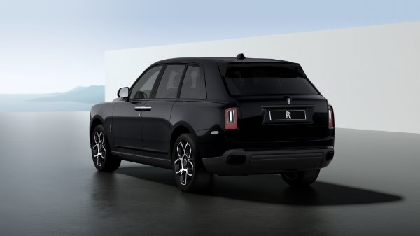 New 2021 Rolls-Royce Cullinan Black Badge for sale $439,700 at Alfa Romeo of Greenwich in Greenwich CT 06830 4
