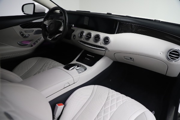 Used 2015 Mercedes-Benz S-Class S 550 4MATIC for sale Sold at Alfa Romeo of Greenwich in Greenwich CT 06830 19