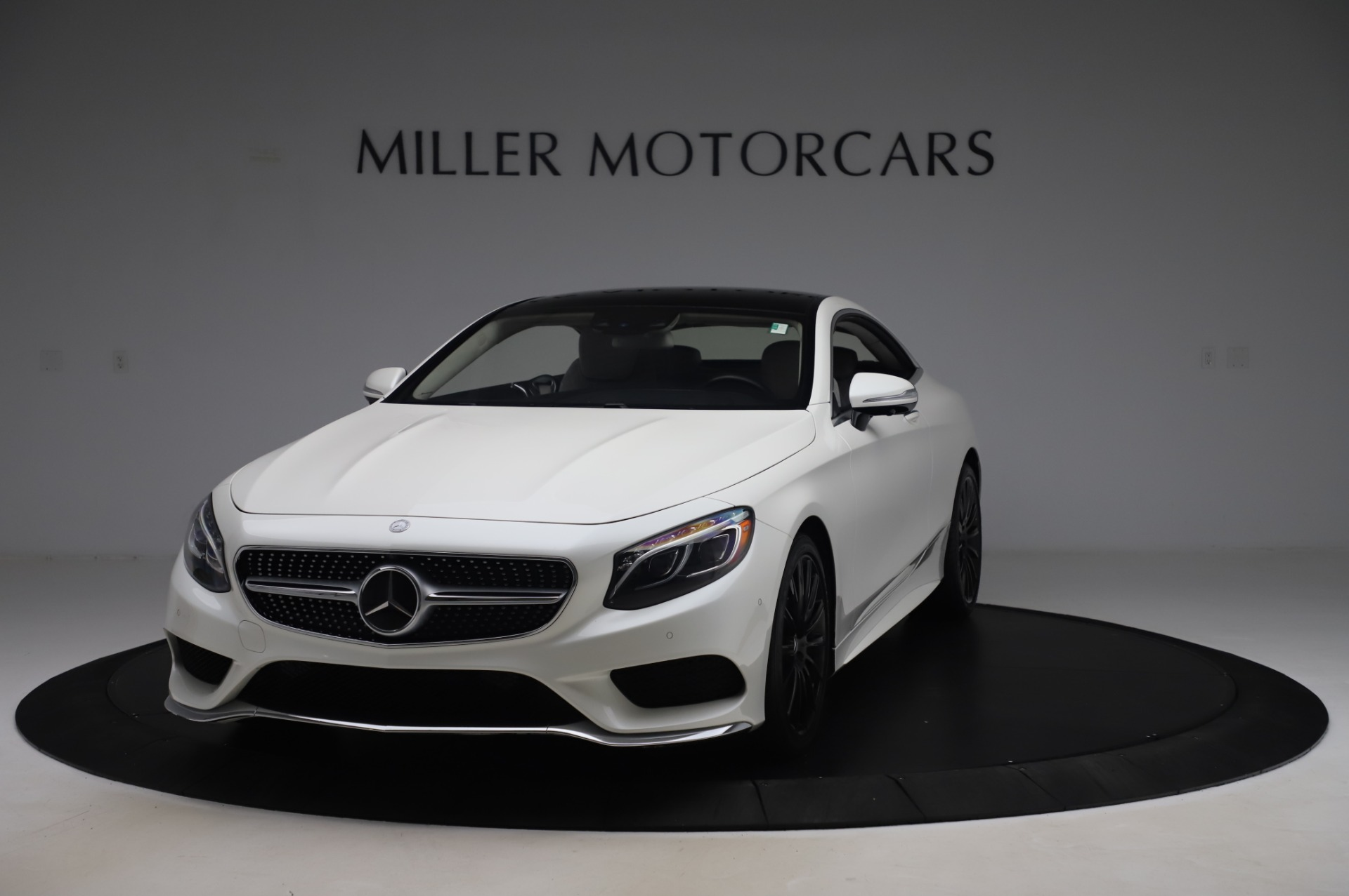 Used 2015 Mercedes-Benz S-Class S 550 4MATIC for sale Sold at Alfa Romeo of Greenwich in Greenwich CT 06830 1