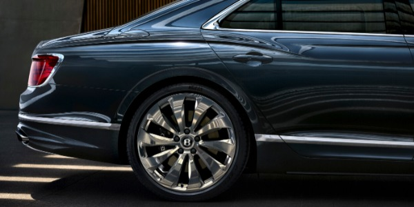 New 2021 Bentley Flying Spur W12 for sale Call for price at Alfa Romeo of Greenwich in Greenwich CT 06830 3