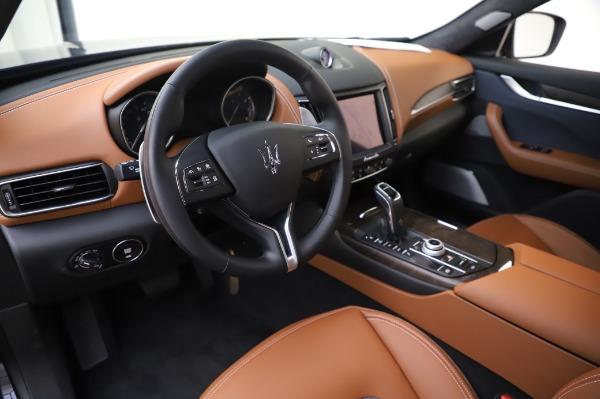 New 2020 Maserati Levante Q4 GranLusso for sale $88,635 at Alfa Romeo of Greenwich in Greenwich CT 06830 13