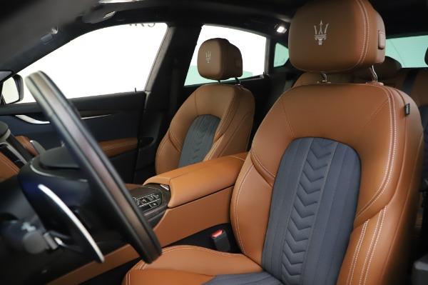 New 2020 Maserati Levante Q4 GranLusso for sale $88,635 at Alfa Romeo of Greenwich in Greenwich CT 06830 15