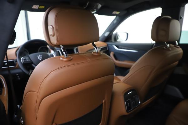 New 2020 Maserati Levante Q4 GranLusso for sale $88,635 at Alfa Romeo of Greenwich in Greenwich CT 06830 20