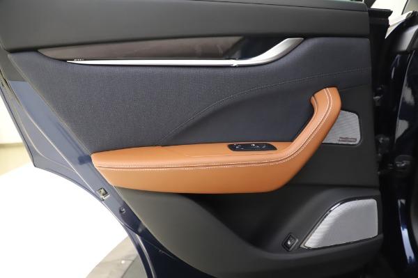 New 2020 Maserati Levante Q4 GranLusso for sale $88,635 at Alfa Romeo of Greenwich in Greenwich CT 06830 21