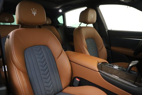 New 2020 Maserati Levante Q4 GranLusso for sale $88,635 at Alfa Romeo of Greenwich in Greenwich CT 06830 22