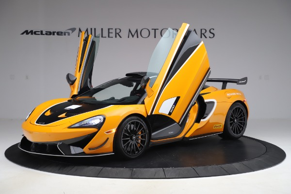 New 2020 McLaren 620R Coupe for sale Call for price at Alfa Romeo of Greenwich in Greenwich CT 06830 10