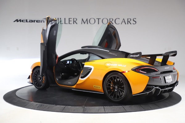 New 2020 McLaren 620R Coupe for sale Call for price at Alfa Romeo of Greenwich in Greenwich CT 06830 12
