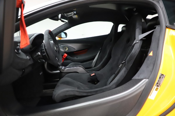 New 2020 McLaren 620R Coupe for sale Call for price at Alfa Romeo of Greenwich in Greenwich CT 06830 24