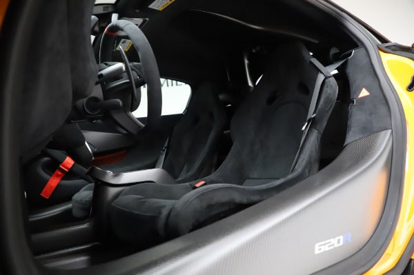 New 2020 McLaren 620R Coupe for sale Call for price at Alfa Romeo of Greenwich in Greenwich CT 06830 25