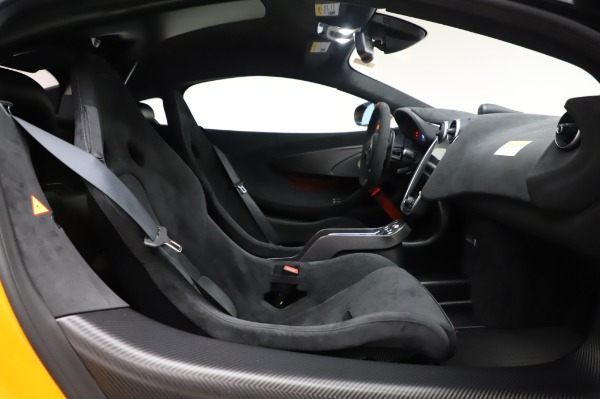 New 2020 McLaren 620R Coupe for sale Call for price at Alfa Romeo of Greenwich in Greenwich CT 06830 26
