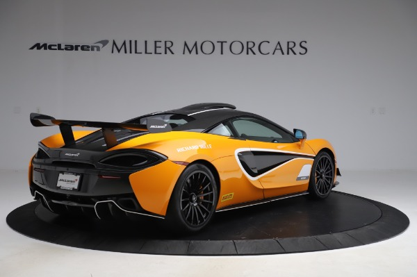 New 2020 McLaren 620R Coupe for sale Call for price at Alfa Romeo of Greenwich in Greenwich CT 06830 5