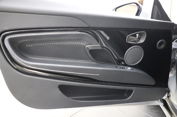 Used 2018 Aston Martin DB11 V8 Coupe for sale $147,900 at Alfa Romeo of Greenwich in Greenwich CT 06830 17