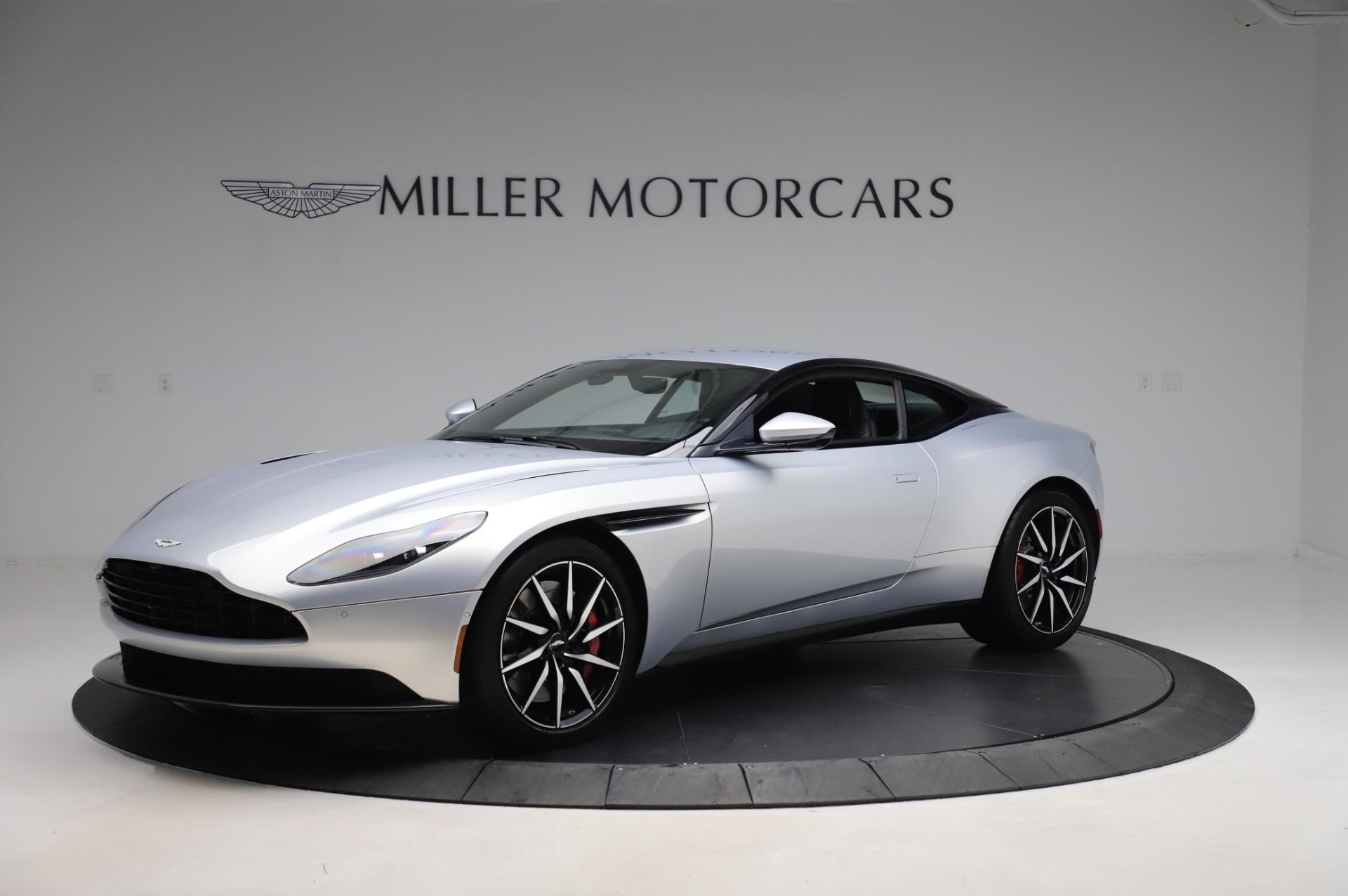 Used 2018 Aston Martin DB11 V8 Coupe for sale $147,900 at Alfa Romeo of Greenwich in Greenwich CT 06830 1