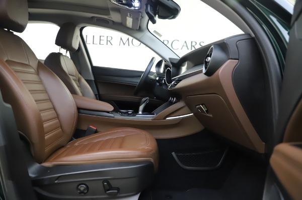 Used 2019 Alfa Romeo Stelvio Ti Lusso for sale Sold at Alfa Romeo of Greenwich in Greenwich CT 06830 23