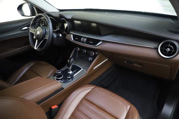 Used 2019 Alfa Romeo Stelvio Ti Lusso for sale Sold at Alfa Romeo of Greenwich in Greenwich CT 06830 24
