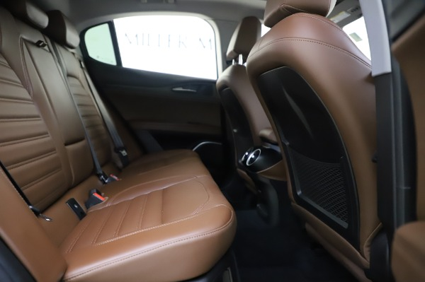 Used 2019 Alfa Romeo Stelvio Ti Lusso for sale Sold at Alfa Romeo of Greenwich in Greenwich CT 06830 26