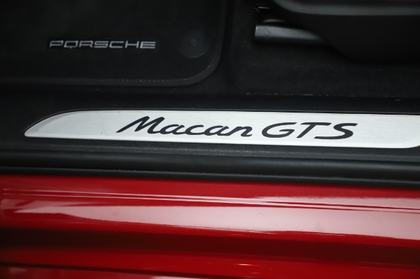 Used 2017 Porsche Macan GTS for sale $57,900 at Alfa Romeo of Greenwich in Greenwich CT 06830 24
