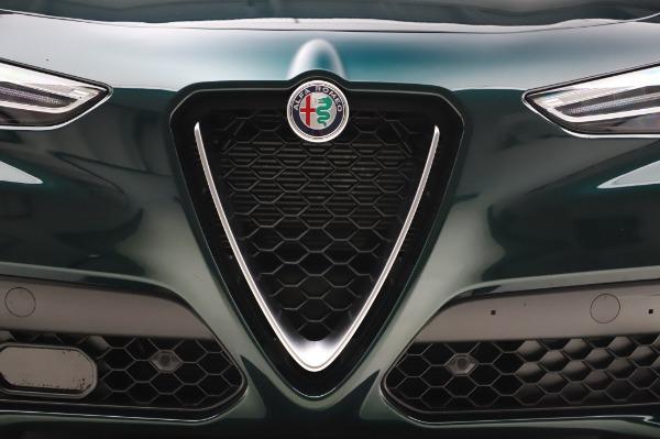 New 2020 Alfa Romeo Stelvio Sport Q4 for sale Sold at Alfa Romeo of Greenwich in Greenwich CT 06830 13