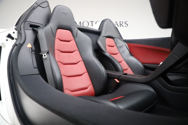 Used 2016 McLaren 650S Spider for sale Sold at Alfa Romeo of Greenwich in Greenwich CT 06830 23