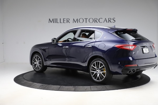 New 2020 Maserati Levante Q4 GranSport for sale $86,685 at Alfa Romeo of Greenwich in Greenwich CT 06830 4