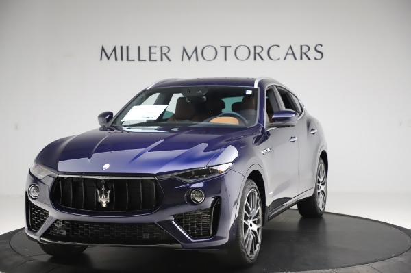 New 2020 Maserati Levante Q4 GranSport for sale $86,685 at Alfa Romeo of Greenwich in Greenwich CT 06830 1