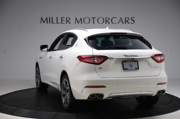 New 2020 Maserati Levante Q4 GranLusso for sale $87,449 at Alfa Romeo of Greenwich in Greenwich CT 06830 5