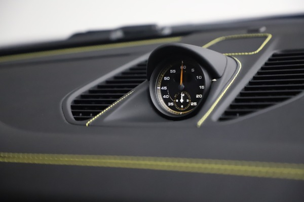 Used 2019 Porsche 911 GT2 RS for sale $316,900 at Alfa Romeo of Greenwich in Greenwich CT 06830 25
