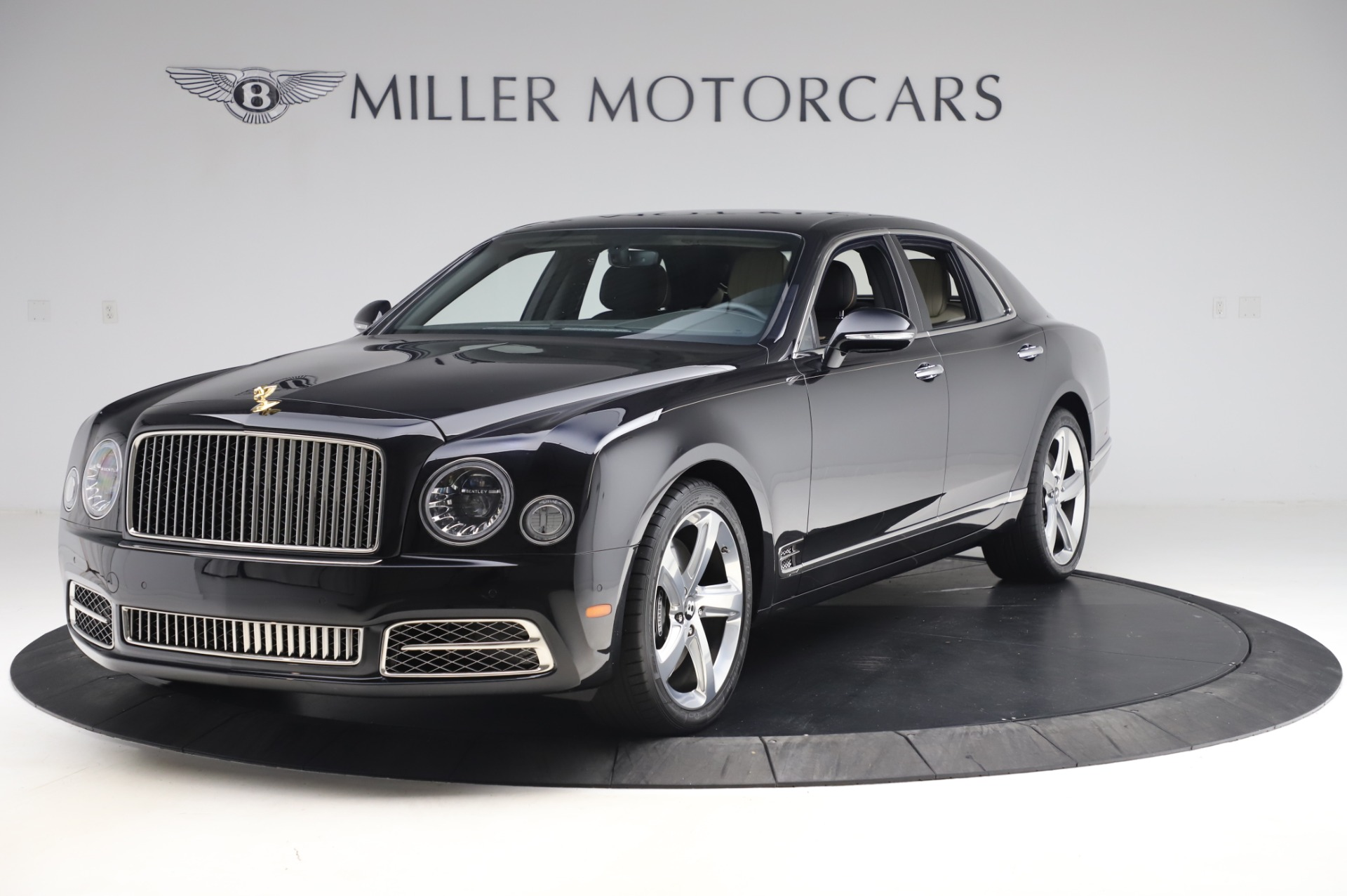 Used 2018 Bentley Mulsanne Speed for sale $239,900 at Alfa Romeo of Greenwich in Greenwich CT 06830 1
