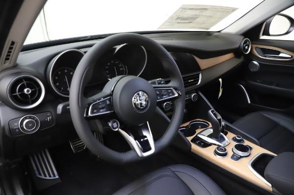 New 2020 Alfa Romeo Giulia Ti Lusso Q4 for sale $51,195 at Alfa Romeo of Greenwich in Greenwich CT 06830 17