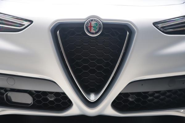 New 2020 Alfa Romeo Stelvio Q4 for sale $49,795 at Alfa Romeo of Greenwich in Greenwich CT 06830 13