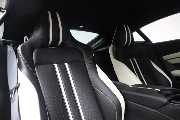 New 2020 Aston Martin Vantage for sale $181,781 at Alfa Romeo of Greenwich in Greenwich CT 06830 19